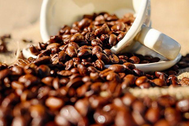 Káva a pobyt ve tmě